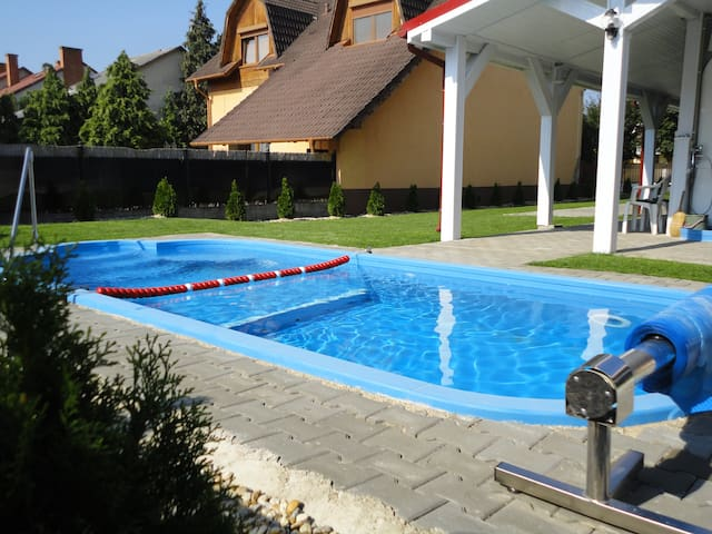 Family house with swimmingpool - Hajdúszoboszló - Casa
