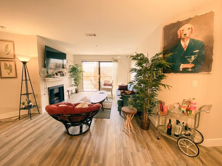 Sublet private room and bath in a 2 bed 2 bath