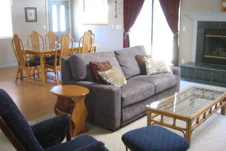 Private pet-friendly house near golf and beach. - Nipomo