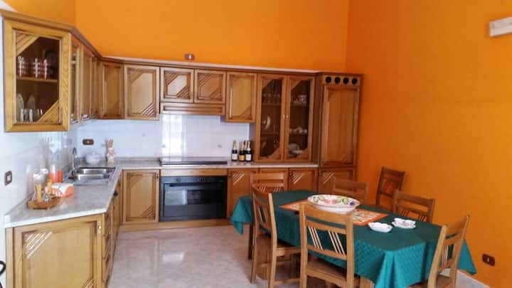 Apartment with 2 bedrooms in Avola, with wonderful city view