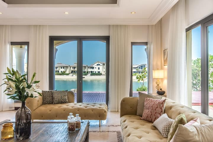 Heavenly Secluded Beach House at the Palm Jumeirah