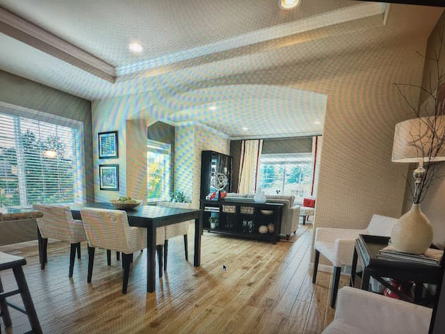 Luxurious Private room for 1 or 2 - Mountlake Terrace