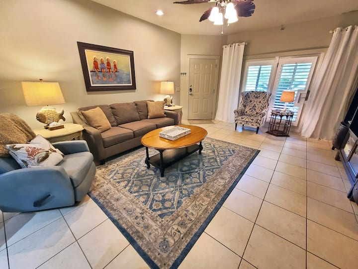 One Club 407 - Pet Friendly and with Great Golf and Amazing Amenities!