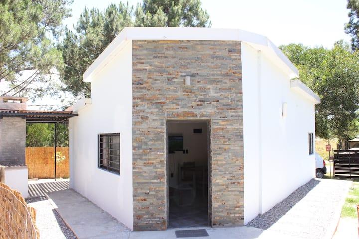 Cabaña Moderna en Cuchilla Alta