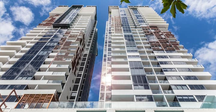 Amazing new 2 bedrooms with Mt view@South Brisbane
