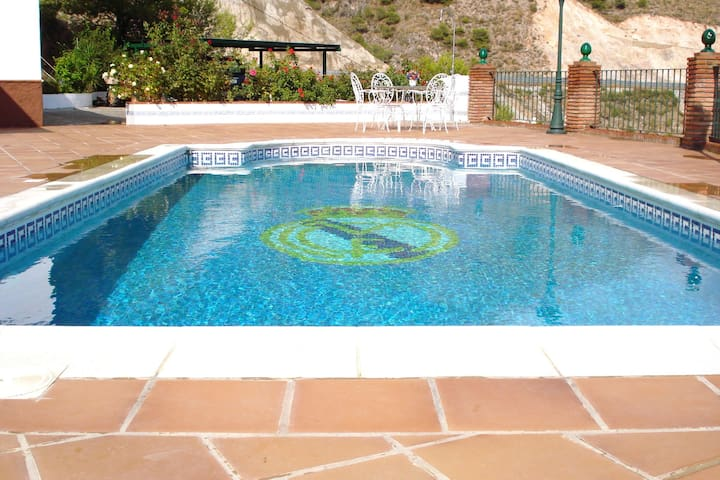 Holiday home with private pool near Nerja, with a panoramic sea view