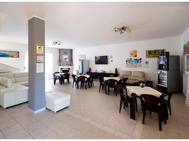 Nice villa in Provincia di Barletta-andria-trani w/ 1 Bedrooms, Outdoor swimming pool and WiFi