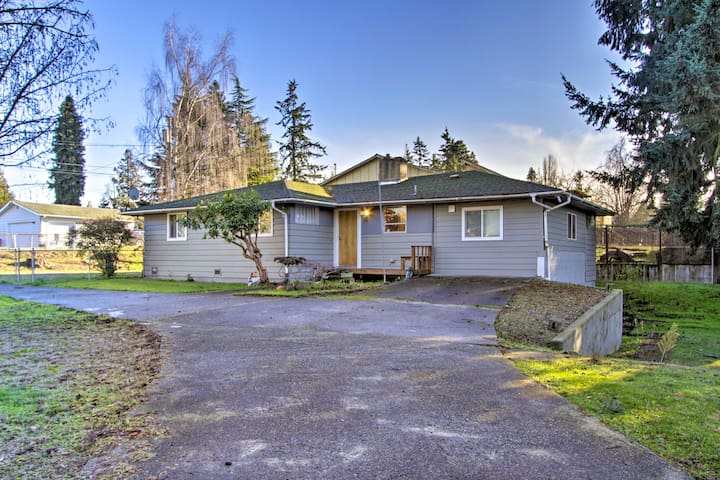 The house is just minutes from SeaTac airport!