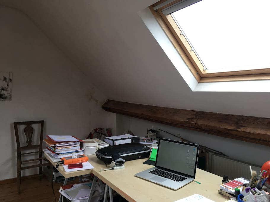 Extra-room in the attic