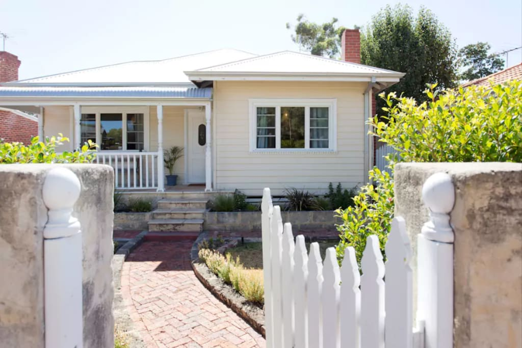 Classic Fremantle Weatherboard Cottage