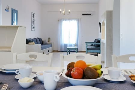 Flora Apartments | Jasmine - Drios - 公寓