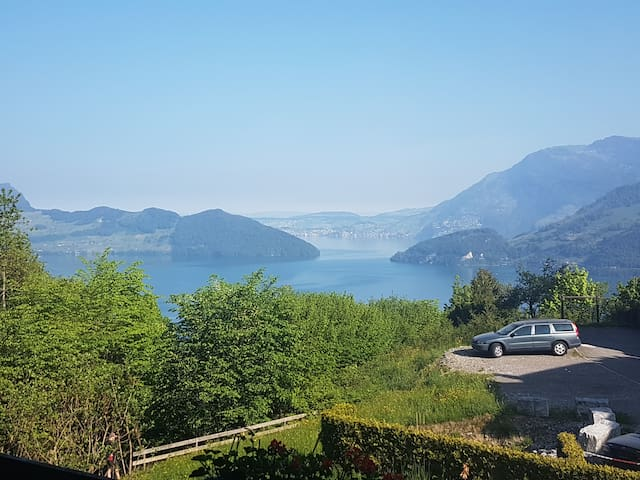 Charming Swiss chalet with view lake Lucerne