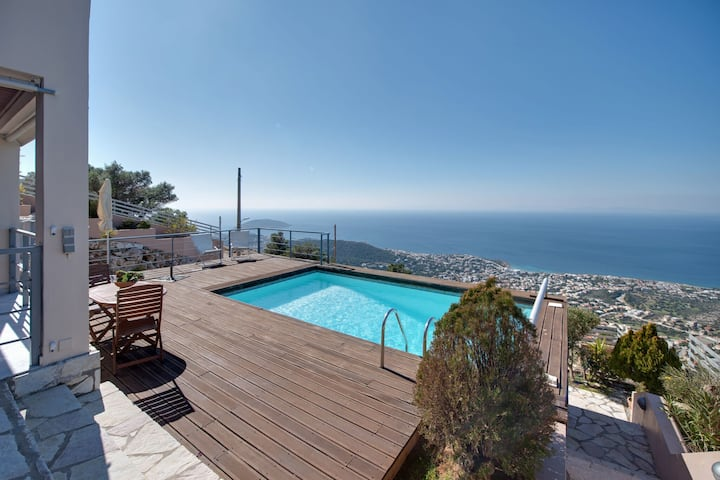 Alluring Villa in Saronida with Private Swimming Pool