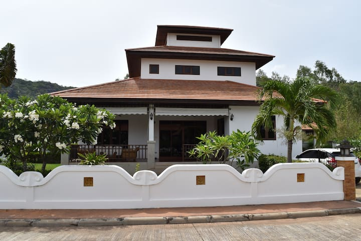 3BR House in Khao Tao - Tambon Wang Pong - House