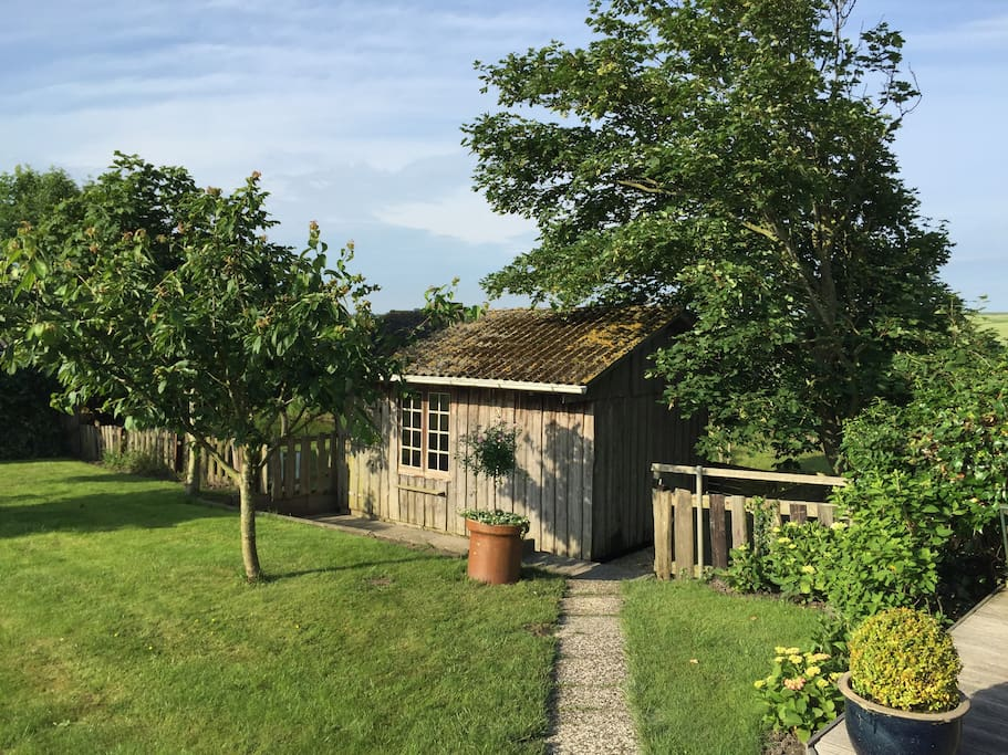 Gartenhaus mit Kamin