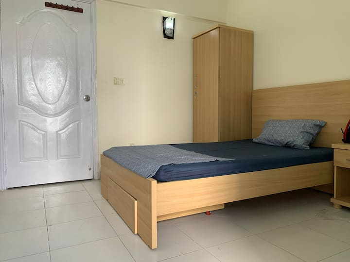 Furnished Residence for Working Professionals DHA