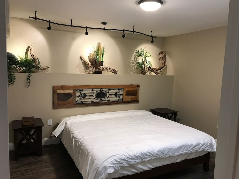 Townhouse Downunder 2 Guest Suites For Rent In Chattanooga Tennessee United States