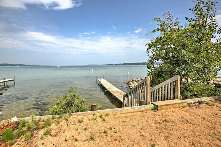 Situated along the shores of Lake Michigan, enjoy ample outdoor activities.