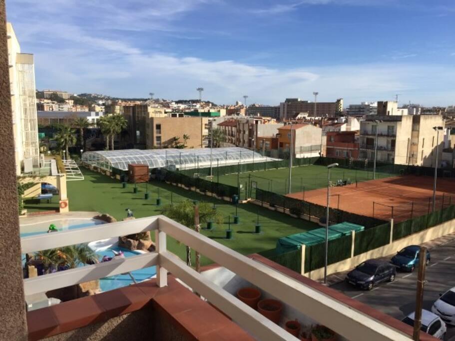 Bonito apartamento con piscina apartments for rent in for Piscina lloret