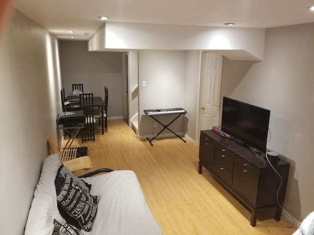 Private Suite located in the heart of GTA