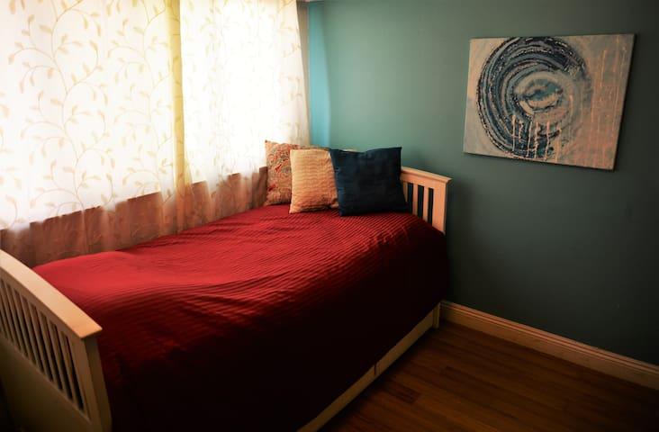 LAX Casa de Paz - Serenity Room