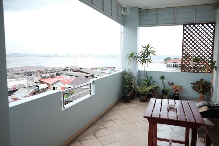 Sea View room (35 sq.m) in downtown - Sriracha - Apartament