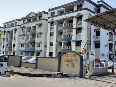 Comfortable Apartment near to Raja Uda