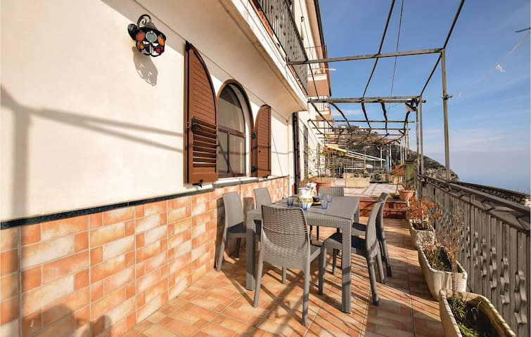 Terraced house with 3 bedrooms on 160m² in Furore (SA)
