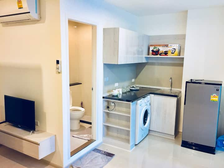 (Aspire Erawan) Bright & Spacious Flat on BTS Line