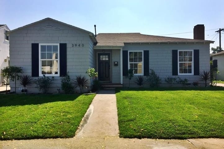 Renovated Classic 2 Bedroom House near Culver City - Los Angeles - Casa