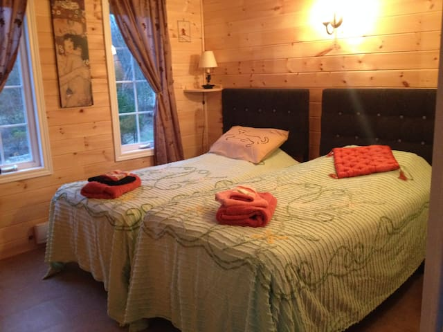 Circa 1894 Spa Room, free Spa access; tubs/saunas - Lanark - Bed & Breakfast