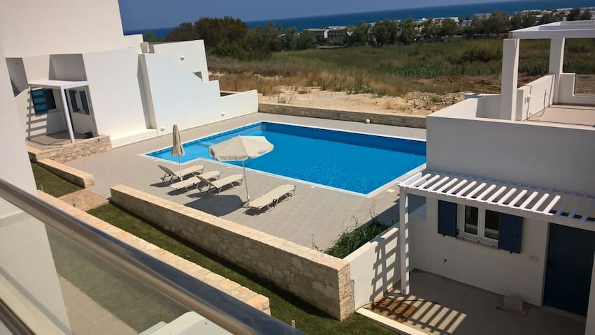 Triton Seaview House 11, near Georgopolis, Crete - ชาเนีย - บ้าน