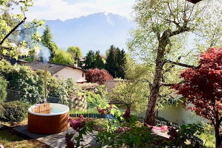Spacious room close to Montreux with stunning view