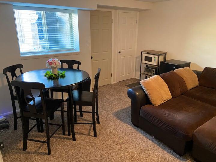 Cozy Private Basement Apartment