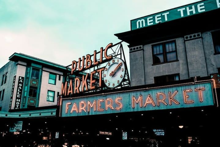 HEART OF SEA DOWNTOWN- 2 MIN WALK TO PIKE PLACE