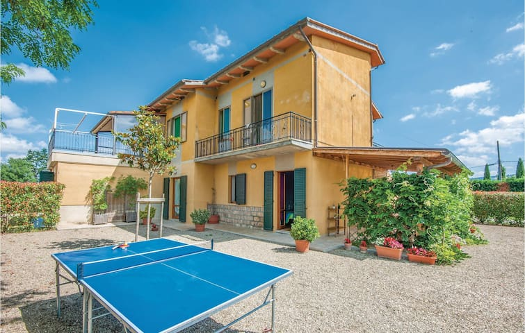 Holiday apartment with 2 bedrooms on 60m² in Casole d´Elsa (SI)