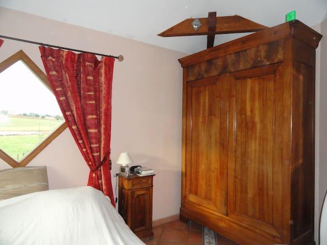 Maison moderne - Succieu - 獨棟