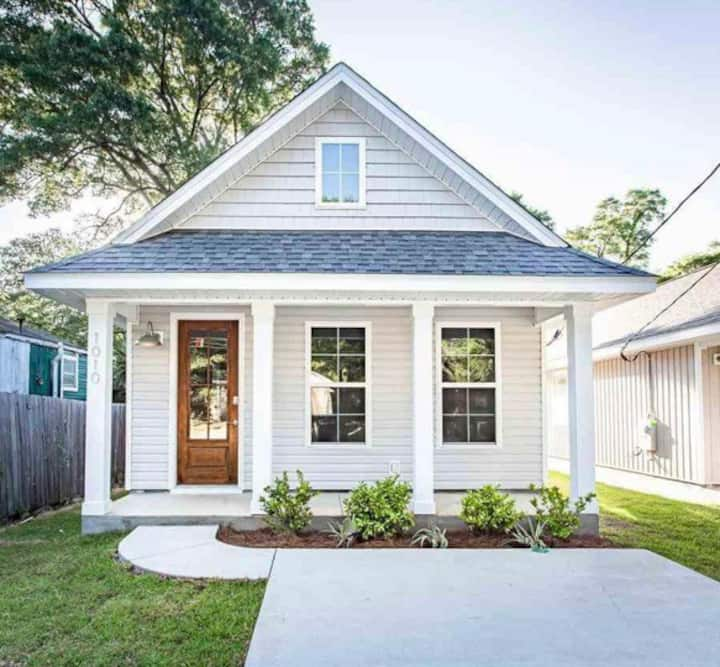 Cozy Cottage in The Heart of Downtown Pensacola