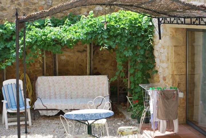 Studio spacieux en Provence