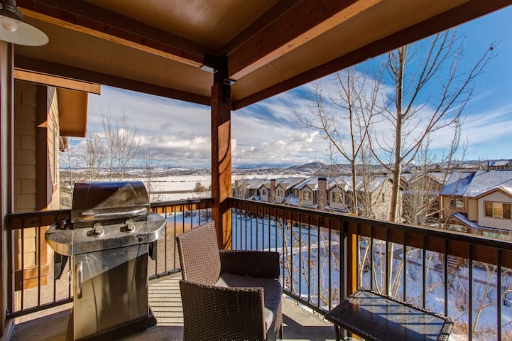 Balcony off of Main Living Room with Seating, BBQ and Amazing Views!