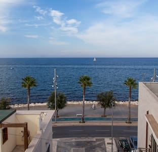 Sea view with rooftop terrace - Mola di Bari