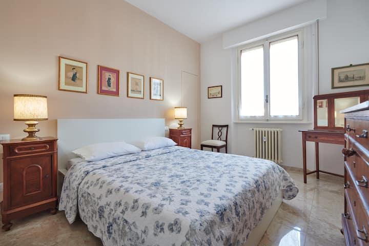 Florence&Us - San Frediano Room (Ensuite Bathroom)