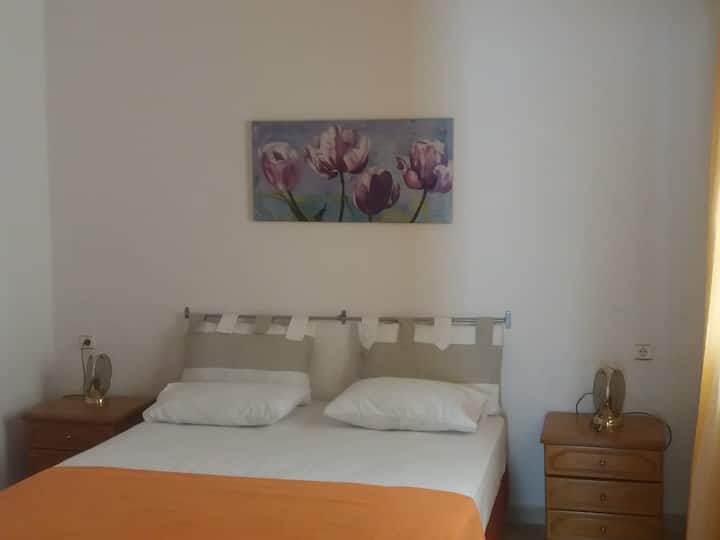 FAMILY HOUSE,JUST 300 METRES FROM  KALYMNOS PORT