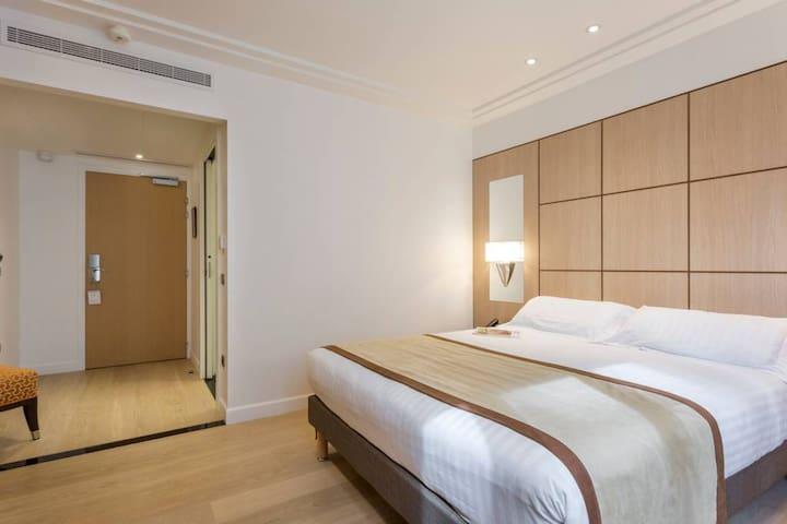 Hôtel de Castiglione 4* -  Chambre Deluxe