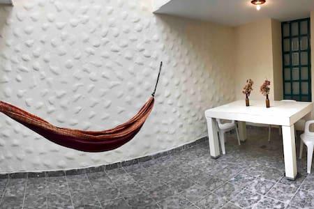 Habitación Privada en Ciudad Hidalgo (Pura Vida)