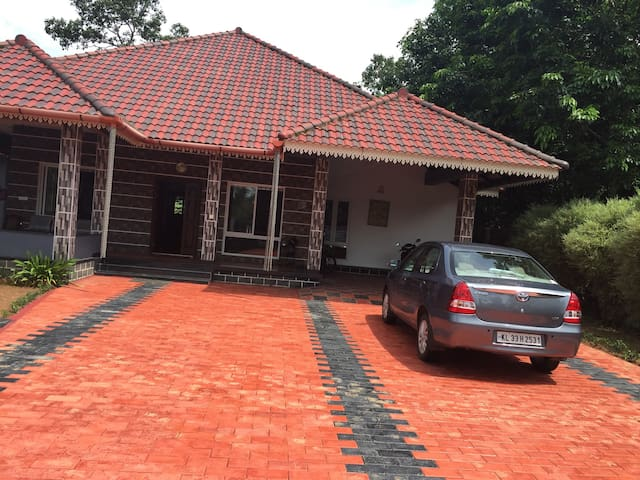 Private bungalow with  3 bed rooms - Kottayam