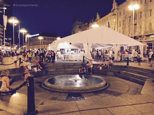 Main square is just 8 min walk away