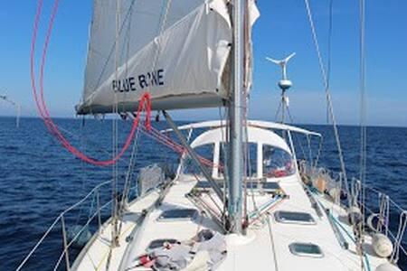 barca a vela - Korfu