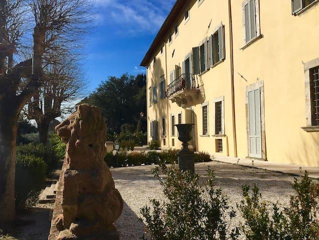 Villa Sant'Anastasio Luxury Holiday Accommodation - Volterra - Villa