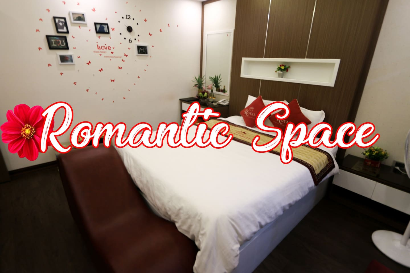 A romantic room with a big beg, a comfortable lounger, a nice decoration.